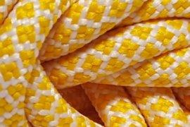 Biała siatka żółte kwadraciki